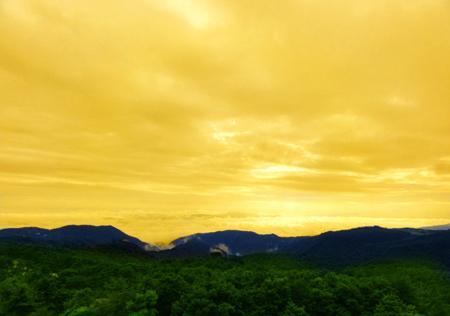 00 見出し用 朝6階客室景雲海に輝く 小.jpg