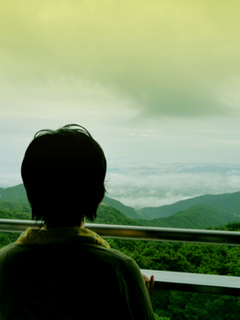 21 朝客室雲海眺める人 小.jpg